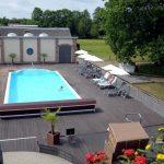Yogaleicht Yoga Reise Außen Pool Landhotel Burg