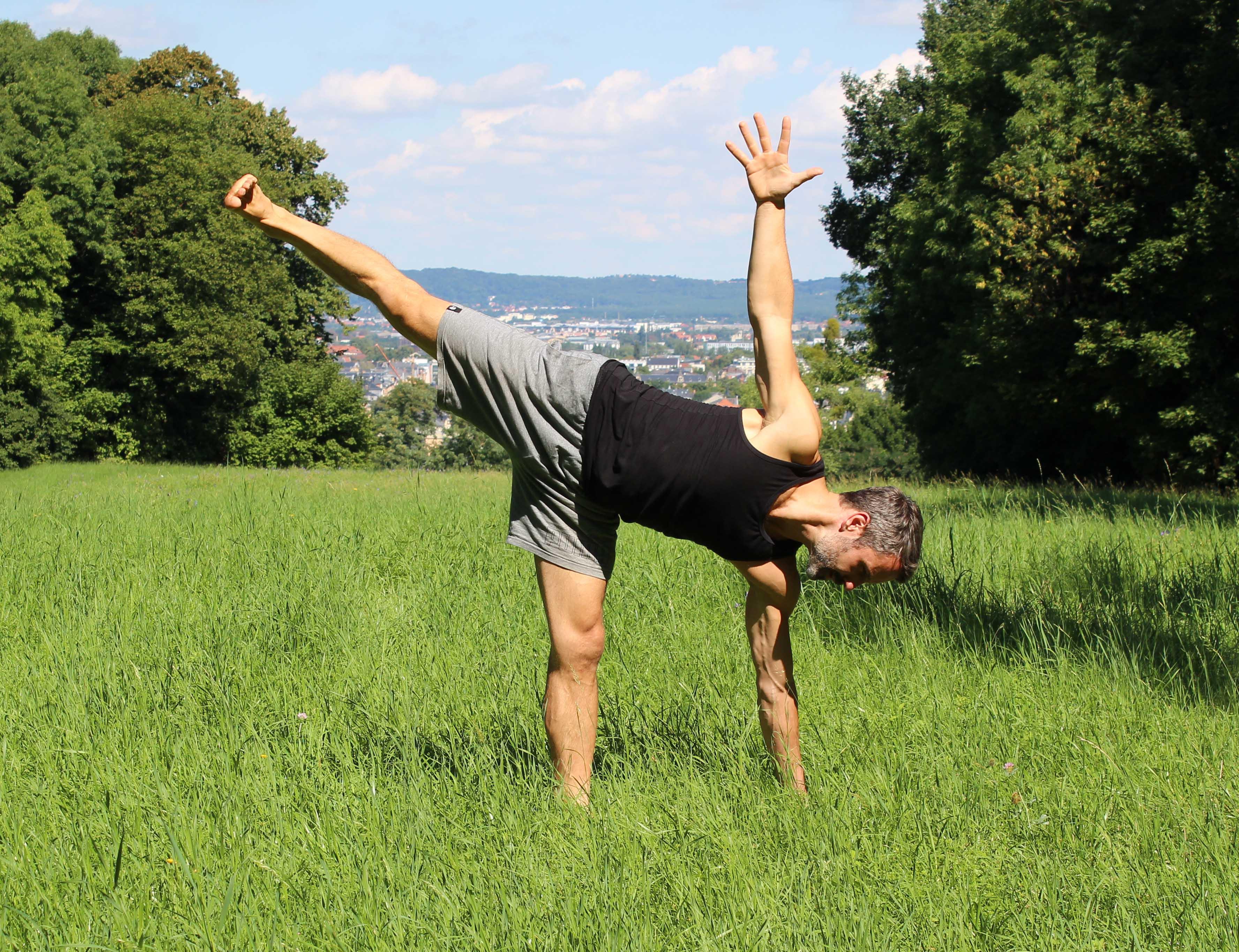 Yogaleicht-Sven-Schmieder-YogaExtraStunde